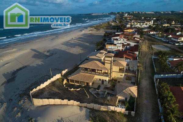 Espetacular casa beira-mar na Praia de Genipabú