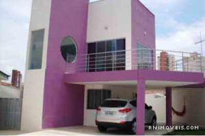 Casa de Luxo Duplex em Capim Macio