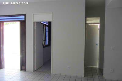 Sala, entrada, escritório e lavabo