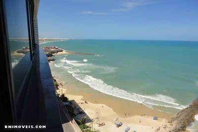 Apartamento na praia de Areia Preta de frente para o mar