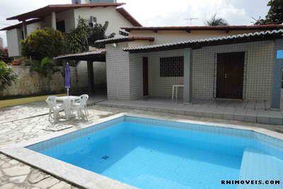 Vende-se casa em Ponta Negra 180 m2