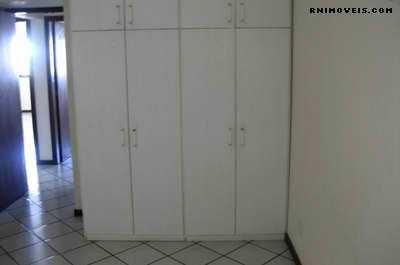 Suites com armários