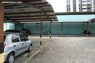 Garagens cobertas