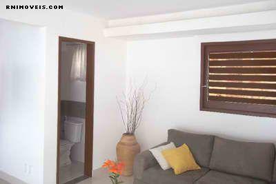 Sala de estar e banheiro
