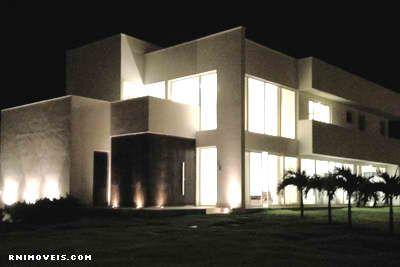 Casa de noite