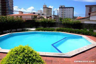 Área de lazer com piscina adulto infantil