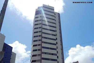 Apartamento na Candelária 300 m2