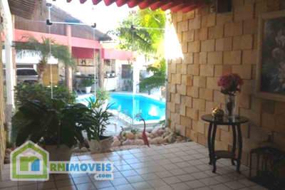 Casa com piscina em Ponta Negra 350 m2